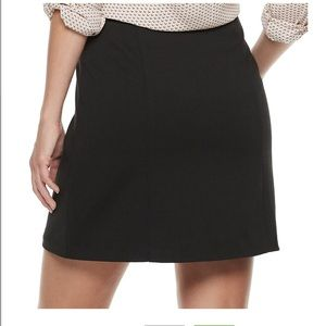 Candie's Skirts - Candies zip up skirt